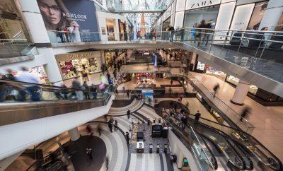 Agence de communication : 3 bonnes raisons de proposer un stand au centre commercial à vos clients